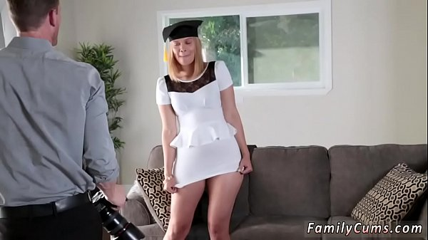 Ass to mouth, Teen threesome