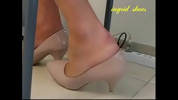 Secretary, Under, Shoeplay