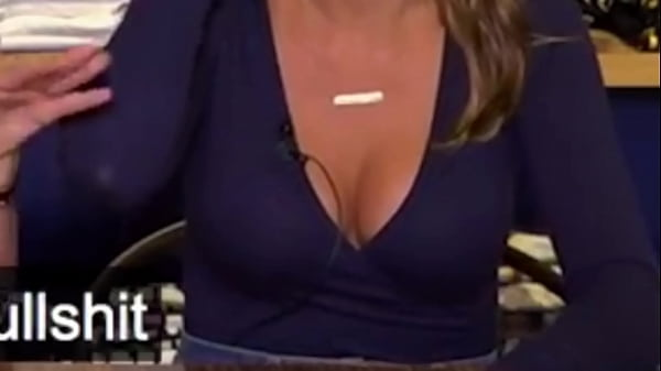 Office, Downblouse, Cleavage