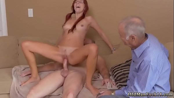 Teen pee, Under, Teen girl