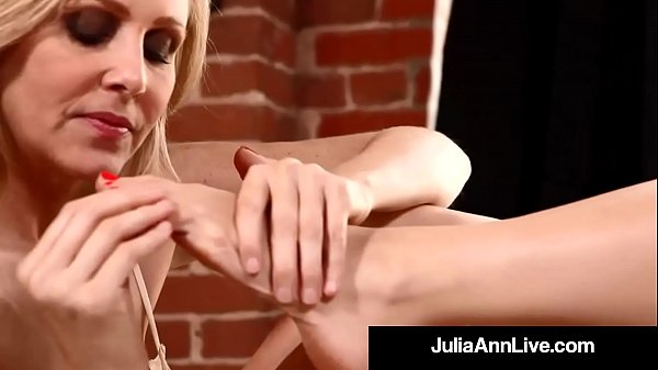 Anne, Milf, Julia ann, Worship