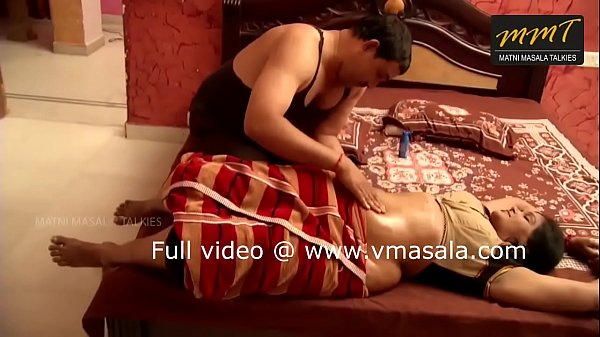 Indian aunty, Oil massage, Indians