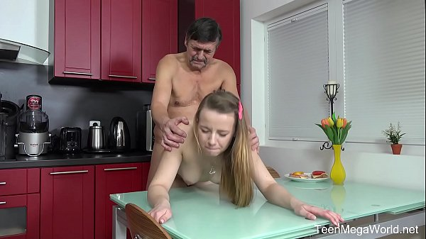 Old young, Cum tits