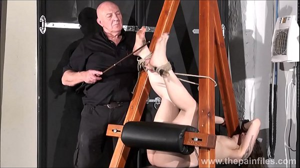 Feet slave, Bdsm amateur, Foot slave, Submissive, Bondage orgasm, Amateur orgasm